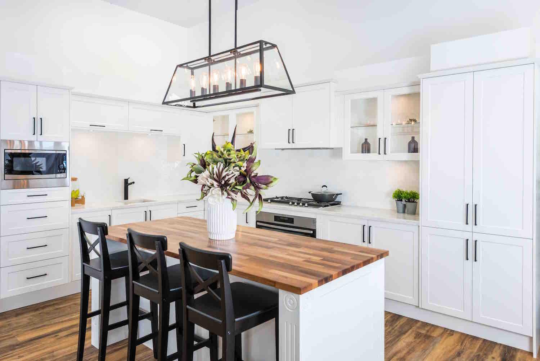 Style your kitchen like a designer wallspan kitchens for Kitchen design adelaide
